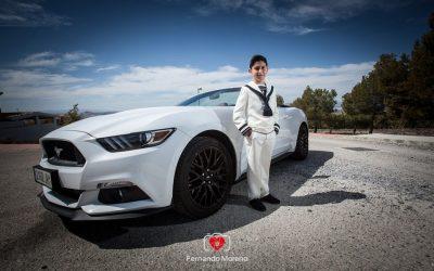Fotografías de comuniones en Granada con un Ford Mustang